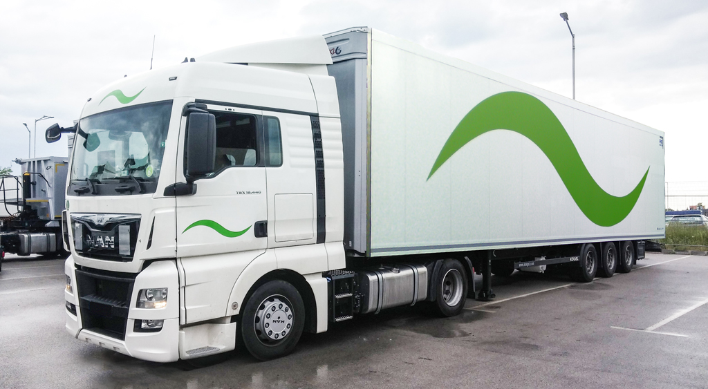 Brand truck Dreams trans